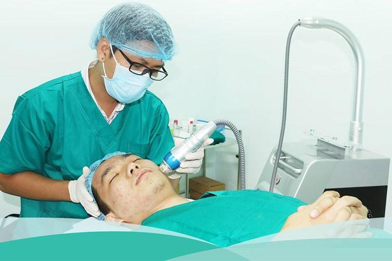 Khám phá công nghệ trị sẹo rỗ RF siêu vi điểm kết hợp PRP